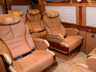 limousine-car-seat-bell-01.png